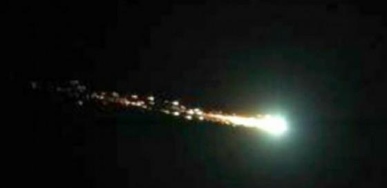 La meteora che ha solcato i cieli del Nord Italia (© Urban post)