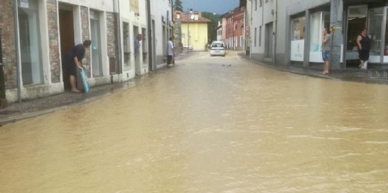 Vento e pioggia: il Friuli nella morsa del maltempo, qui cosa è accaduto questa mattina a Manzano (© G.g.)