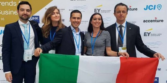 G20 dei giovani imprenditori di Confindustria svoltosi a Berlino cui ha partecipato anche la Presidente del GGI di Unindustria Pordenone, Lia Correzzola (© Unindustria Pordenone)