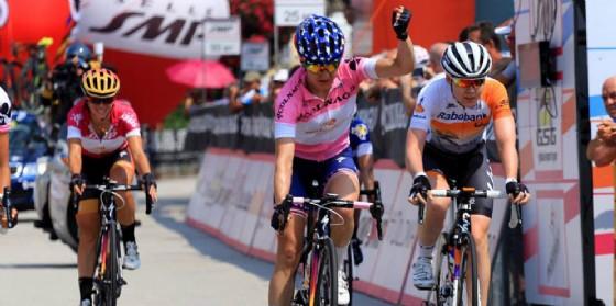 "Megan Guarnier vince il ""27° Giro Rosa"" (© Giro Rosa Cycling Race | Facebook)"