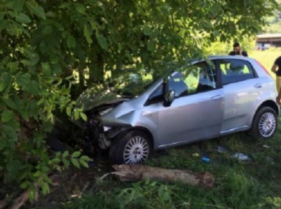 IVREA - Brutto incidente sulla A5 tra Borgofranco ed Ivrea