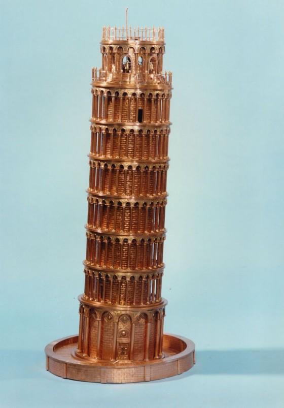 Torre di Pisa in rame