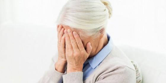 Gaglianico, anziana raggirata col trucco del finto passaggio in auto