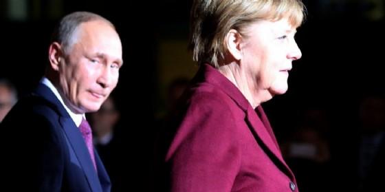 Il presidente russo Vladimir Putin e la cancelliera tedesca Angela Merkel