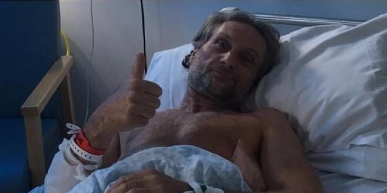 Carl Fogarty nel suo letto d'ospedale