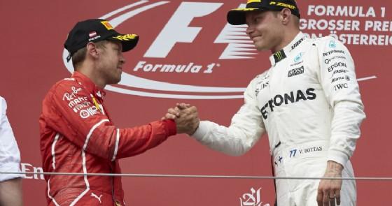 Colpo di scena Mercedes: Bottas deve sostituire il cambio!