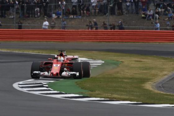 Sebastian Vettel, quarto al venerdì, in pista a Silverstone