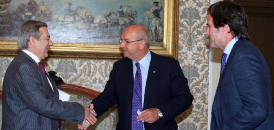 Il sindaco Roberto Dipiazza e l'Ambasciatore della Repubblica Argentina in Italia Signor Tomás Ferrari