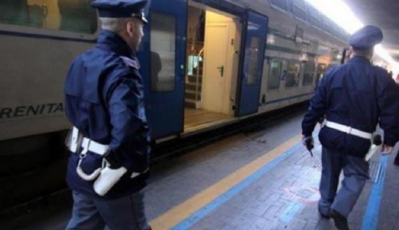 Porto Torres, capotreno aggredita e palpeggiata sul treno da immigrati senza biglietto