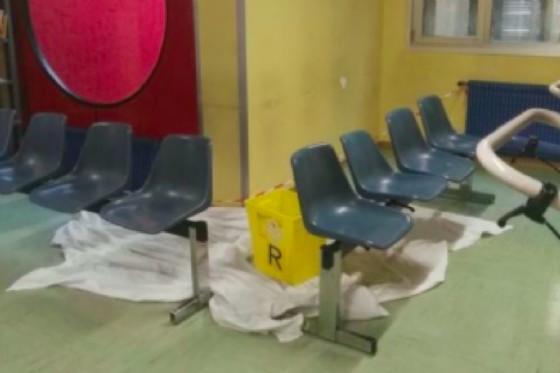 Piove nell'ospedale di Gemona: chiesti interventi urgenti (© G.R.)