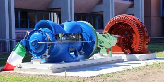 All'Università di Udine turbina centenaria donata da A2A (© UniUd)