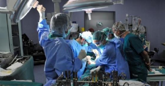 Circoncisione effettuata da un 'santone', grave bimbo ghanese