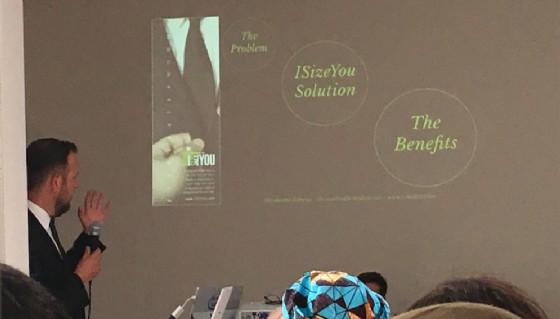 Canepa durante una presentazione (© Diario di Biella)
