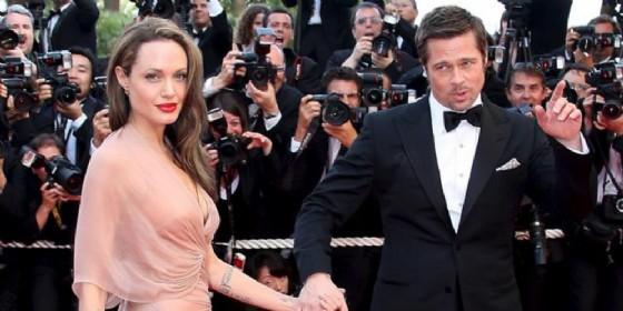 Angelina Jolie rompe il silenzio a dieci mesi dalla separazione da Brad Pitt e si svela sulle pagine di Vanity Fair
