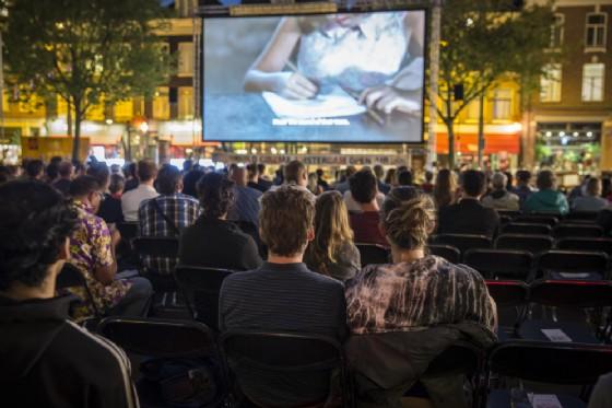 Ivrea, il cinema all'aperto continua anche ad agosto (© Melanie Lemahieu - shutterstock.com)