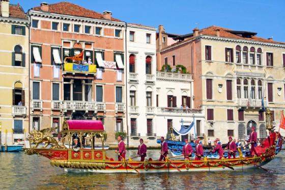 Venezia, il programma ufficiale della Regata Storica (© Pecold - shutterstock.com)