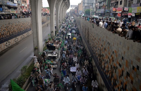 Supporters of ousted Pakistani prime minister Nawaz Sharif march in Rawalpindi, Pakistan