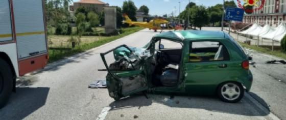 Scontro furgone-auto a Musile di Piave (© ANSA)