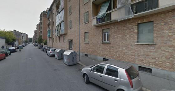 Via Aosta, occupati sette alloggi (© Google Street View)