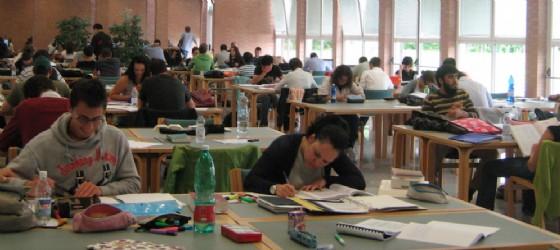 Studenti nella biblioteca di Città Studi (© Città Studi)
