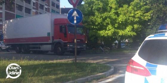 Camion investe un ciclista: 58enne è grave (© Diario di Udine)