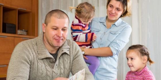 Il comune di Trieste si impegna per le misure di sostegno al reddito (© Adobe Stock)