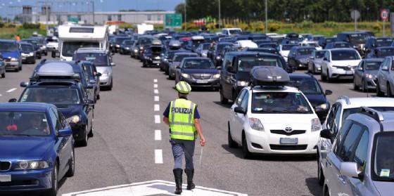 Incidente tra auto e camion: 10 chilometri di coda (© Autovie Venete)