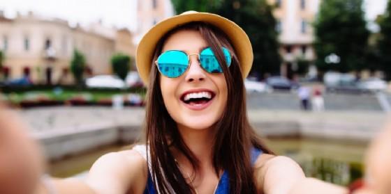 Le foto, i selfie, condivisi sui social come Instagram possono rivelare se siamo depressi
