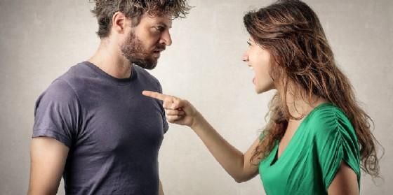 Una coppia che litiga (© Shutterstock.com)