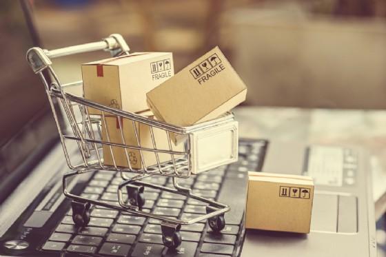 Acquisti online, cosa usiamo per comprare su Internet (da Windows a Google)