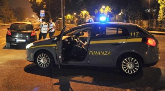 Il tesoretto del truffatore è stato confiscato (© Guardia di Finanza)