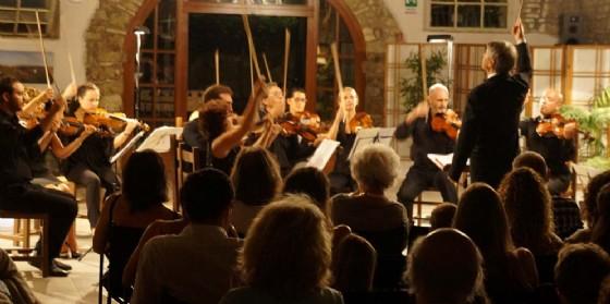 L'Orchestra da camera del Fvg diretta da Romolo Gessi a Villa Codelli (© Serate Musicali a Villa Codelli)