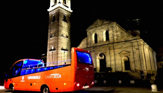 Ferragosto misterioso a bordo del bus cabrio a Torino