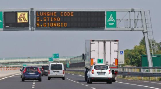 Traffico molto intenso in A4 (© Autovie)