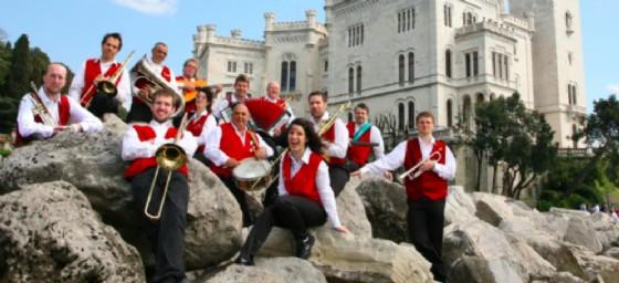 """La Banda """"Vecia Trieste"""" (© Associazione Musicale Folcloristica Triestina """"Vecia Trieste"""")"""
