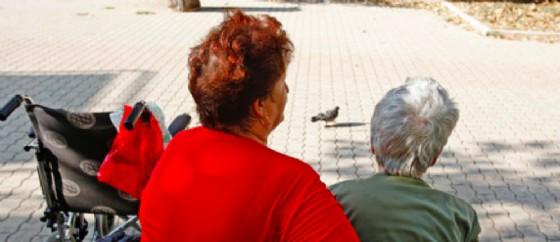 Sempre più anziani hanno bisogno di aiuto