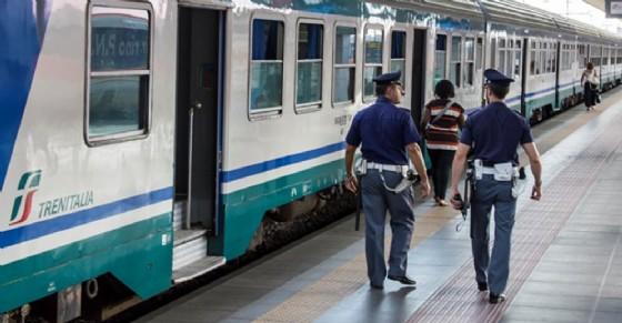 Controlli alla stazione di Torino Porta Nuova (© Diario di Torino)