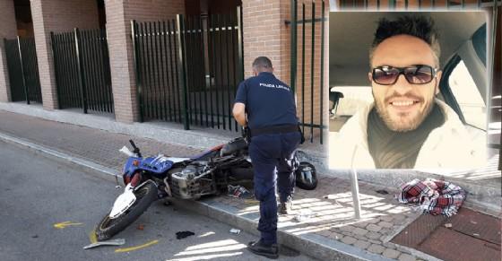 La moto di Roberto Milanello dopo l'incidente (© Diario di Torino)