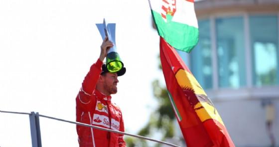 Sebastian Vettel sul podio di Monza