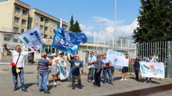La protesta degli agenti di qualche settimana fa (© Diario di Biella/ValeriaCavallo)