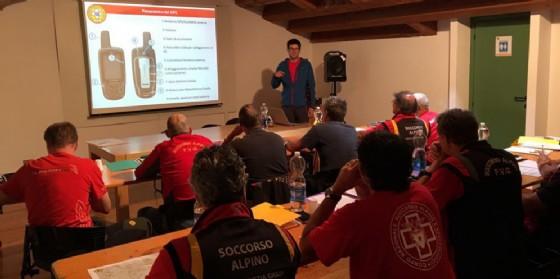 Soccorso Alpino Fvg all'avanguardia: ad Andreis si è tenuto il primo corso nazionale di mantenimento per Tecnici di Ricerca (© Corpo Nazionale Soccorso Alpino e Speleologico)