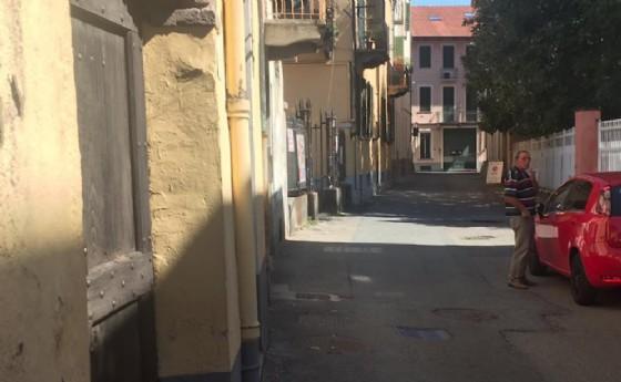 E' stato istituito il doppio senso di marcia in via Conciatori, nel tratto tra via Marucca e costa del Vernato (© Diario di Biella)