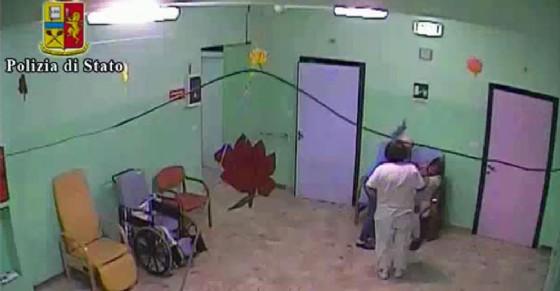 Anziani maltrattati in una casa di riposo nel vercellese (© Polizia di Stato)