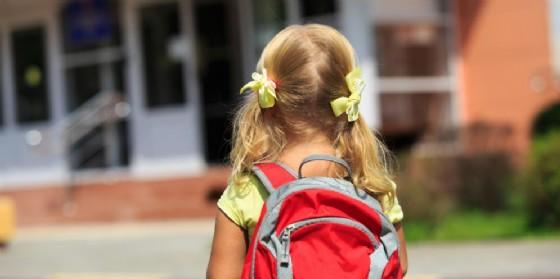 Bambina respinta dalla scuola perché non vaccinata