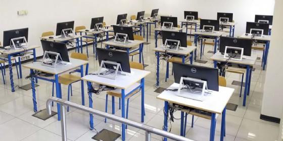 La nuova sala per gli esami di teoria presso la sede della motorizzazione