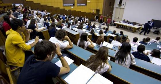 Concorsi truccati all'università, le Fiamme Gialle arrestano sette docenti