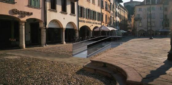Via libera alla pedana per l'accesso facilitato a piazza San Giacomo