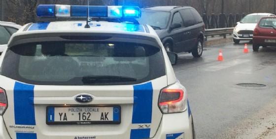 Doppio incidente in città: cinque persone  restano ferite