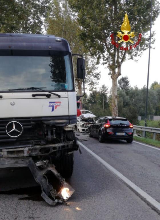 Incidente stradale a Vigonza, muore un giovane