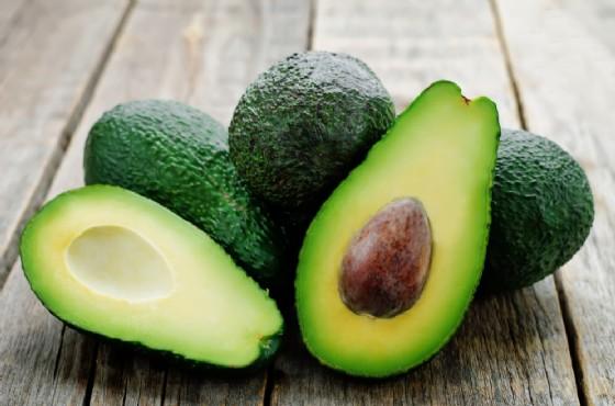 Dieta dell'avocado benefici per la salute